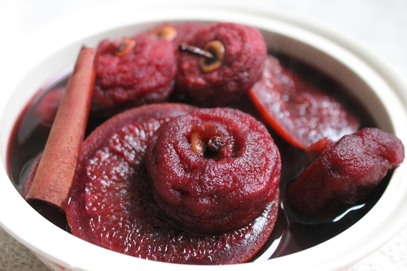 Pommes tapées in Mulled Wine