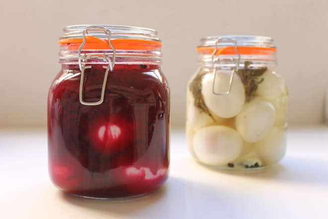 Pickled eggs, recipes from 1725 and 1863